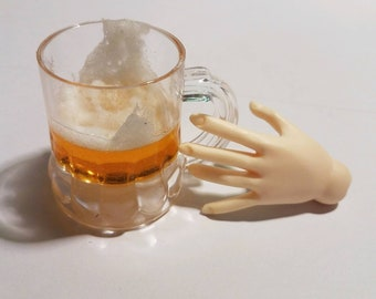SD Miniature Beer with Foam in Mug, 1:3 Scale Ball Jointed Doll, Beer stein, Mug of beer