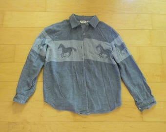 Bouton Vintage bleu vers le bas des manches longues à col de chemise pour homme