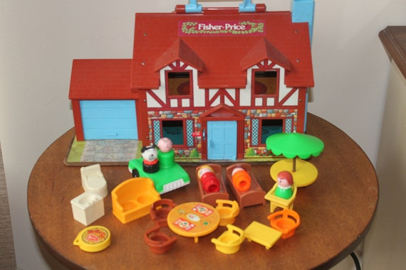 Vintage 1980 Fisher Price Little People Tudor House 4 Family Furniture Accessories Included Doll House Toy
