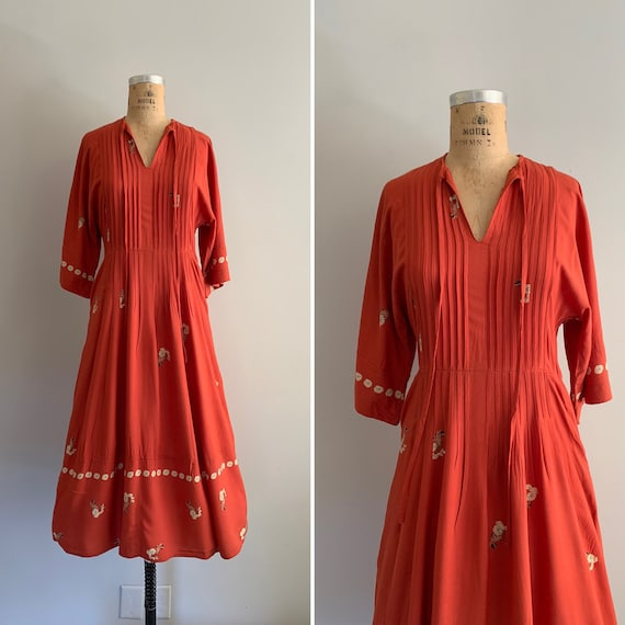 Vintage 1970s Dress / 70s Rayon Dress with Border