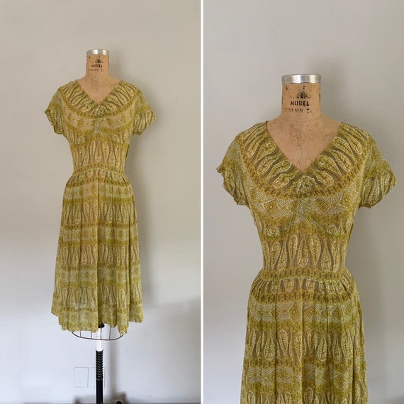 Vintage 1950s Dress / 50s Cotton Voile Dress / 195