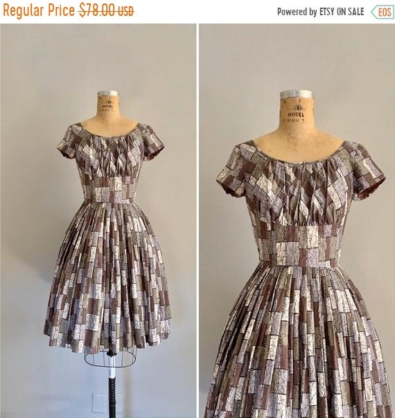 Clearance Vintage 1950s Dress  / 1950s Cotton Prin