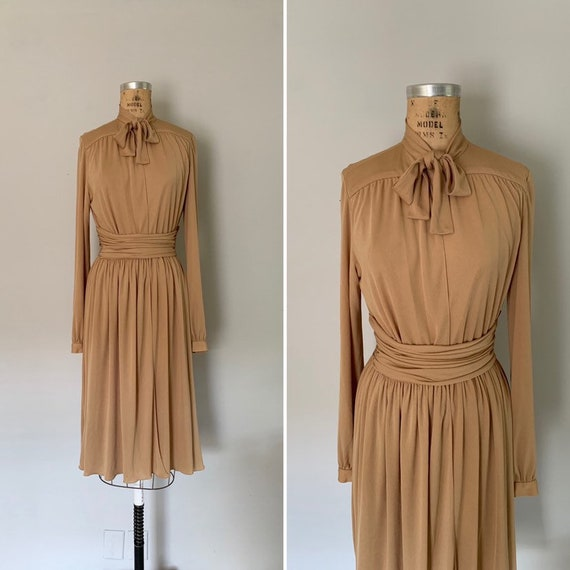 Vintage 1970s Wrap Dress / 70s Wrap Dress / 1970s