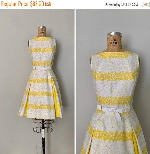 Clearance 1960s Pat Premo Dress/ 60s Floral Dress