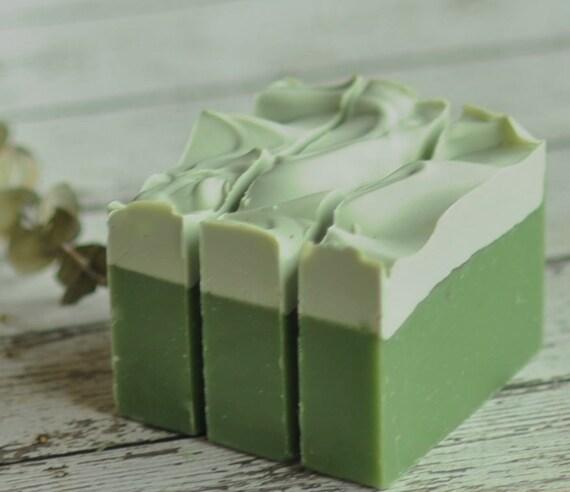 Savon Eucalyptus - aux clous de girofle avec du romarin et cannelle - savon naturel végétalien - morte karité - savon à la main - Ali Baba