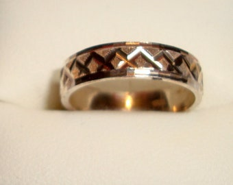Unisex Bronze Band Ring, Bronze Metal, Hand Cast Design, Great Gift, Mothers Day, Birthday, Christmas, Fathers Day, Friend