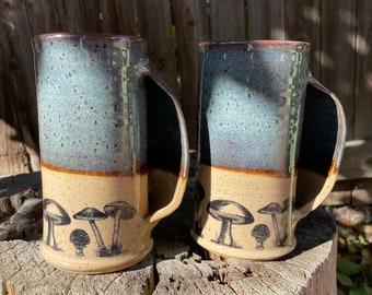 Pocket mug | Mushroom Scene | Hand-warming mug | Iron glazed | Red speckled clay | Housewarming gift | Rustic home decor
