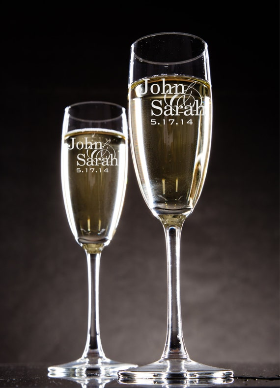 Personalized Champagne Glasses Champagne Flutes Bride And Groom Toasting Glasses Set Of 2