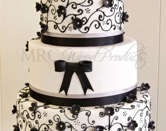 Wedding Cake Topper Personalized Mr and Mrs Cake Topper