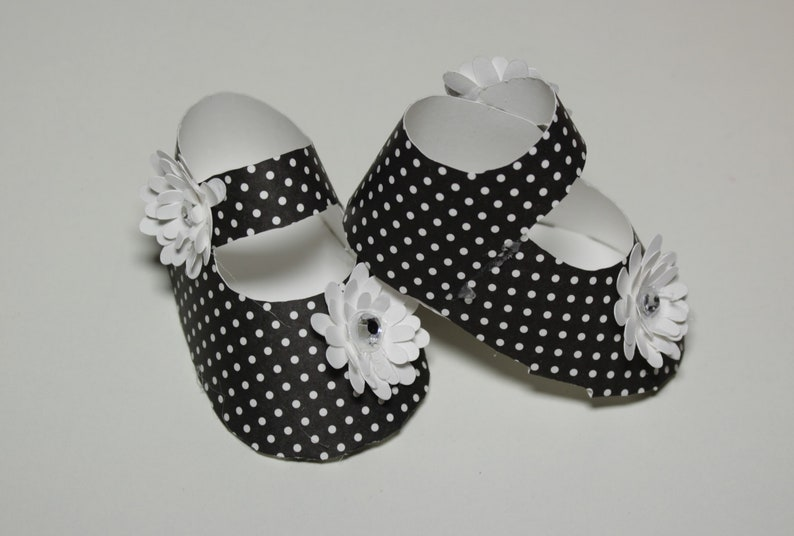 Black and White Baby Shower 3D Invitation ~ Party Invitations ~ 3D Booties ~ Shoe Favor Box ~ Favor Box ~ 3D Invitation
