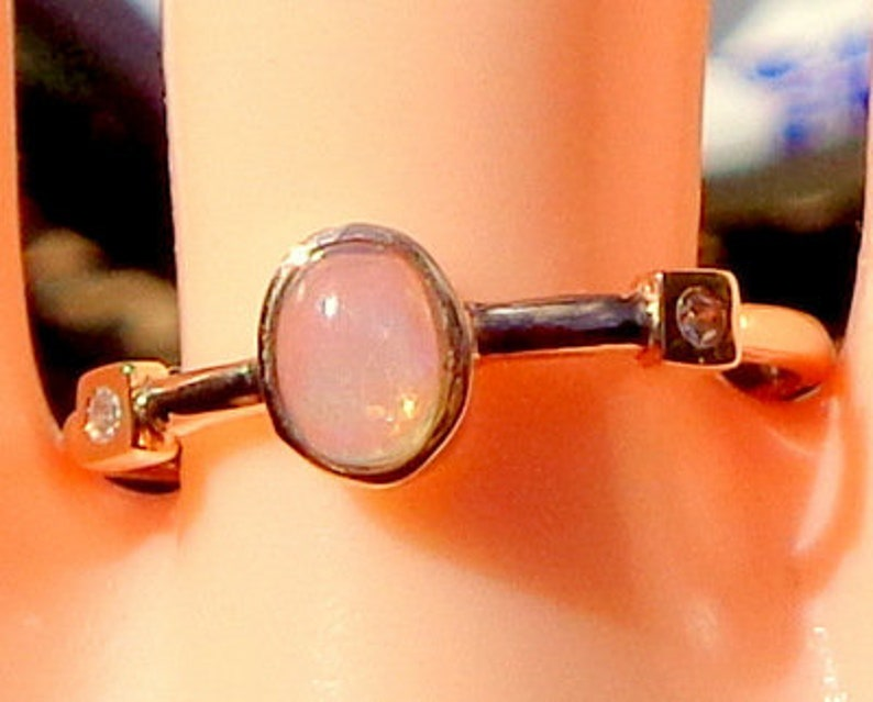 Sz 7.5 Solid Stone Natural Opal 14k Rose Gold .26ctw Natural Opal /& Diamond Stacking Ring 1.5g  Oval Cut Gorgeous