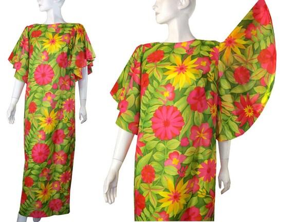 Vintage 1960s Waltah Clarke/'s Mumu Dress Button Up Bell Sleeves 60s Kaftan Mod Era Hawaiian Dress Size 8