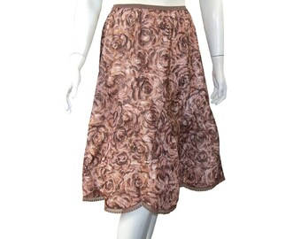 Vintage 50s Floral 1950s Barbizon Chocolate Roses Half Slip, Petti-Flare, Size Medium
