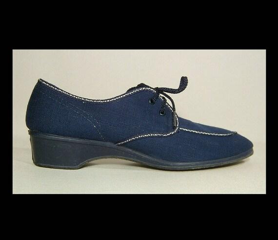 Deadstock 1960s navy blue & white cotton canvas sh