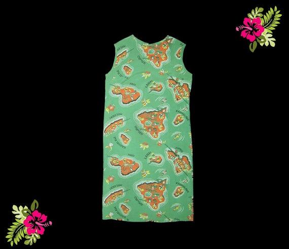 XS Small ~ 1960s cold rayon green & coral Hawaii m