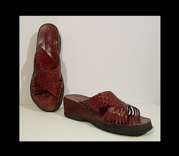 Women size 9 ~ Mexican woven walnut brown leather