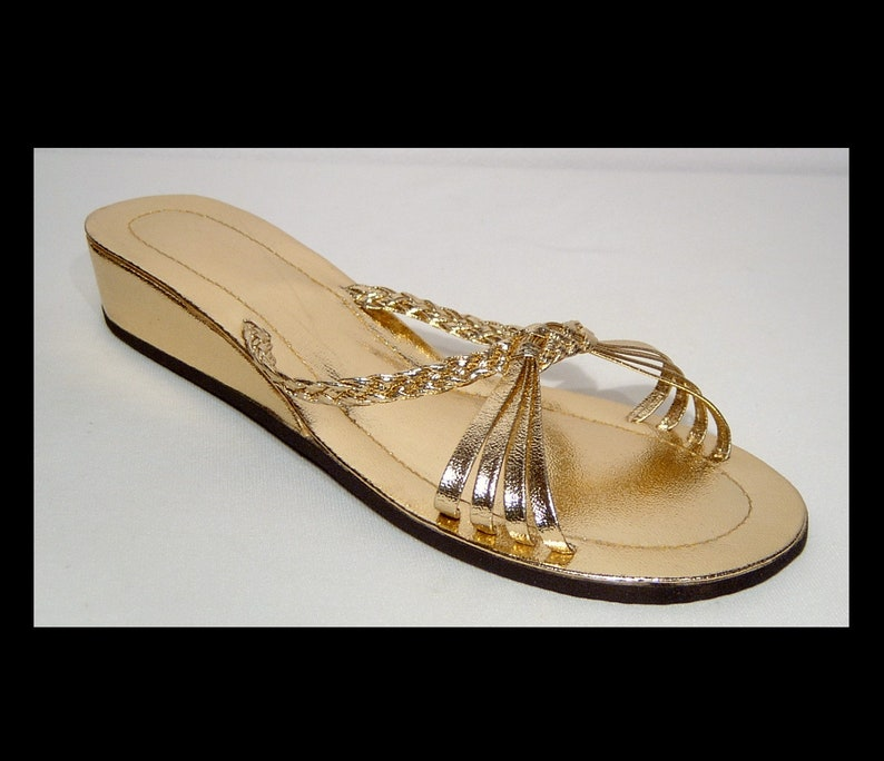 e2e4e08d38f27 Size 7 ~ 1960s yellow gold wedge heel sandals slides ~ strappy low heel  sparkly mules shoes ~ shiny bright metallic ~ vegan~ 7.5