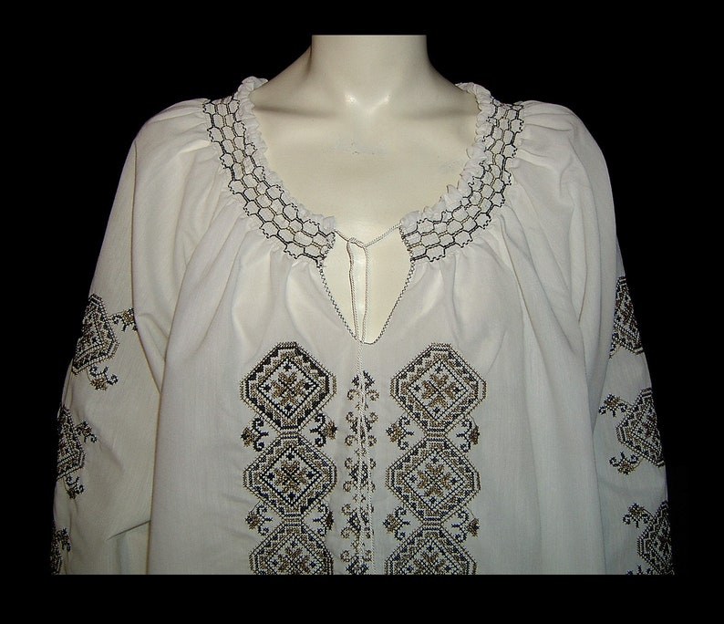 Large XL plus ~ Grecian white black /& gold embroidered smocked peasant blouse top ~ flowy shirt tunic w drawstring ~ Made in Greece 1970s