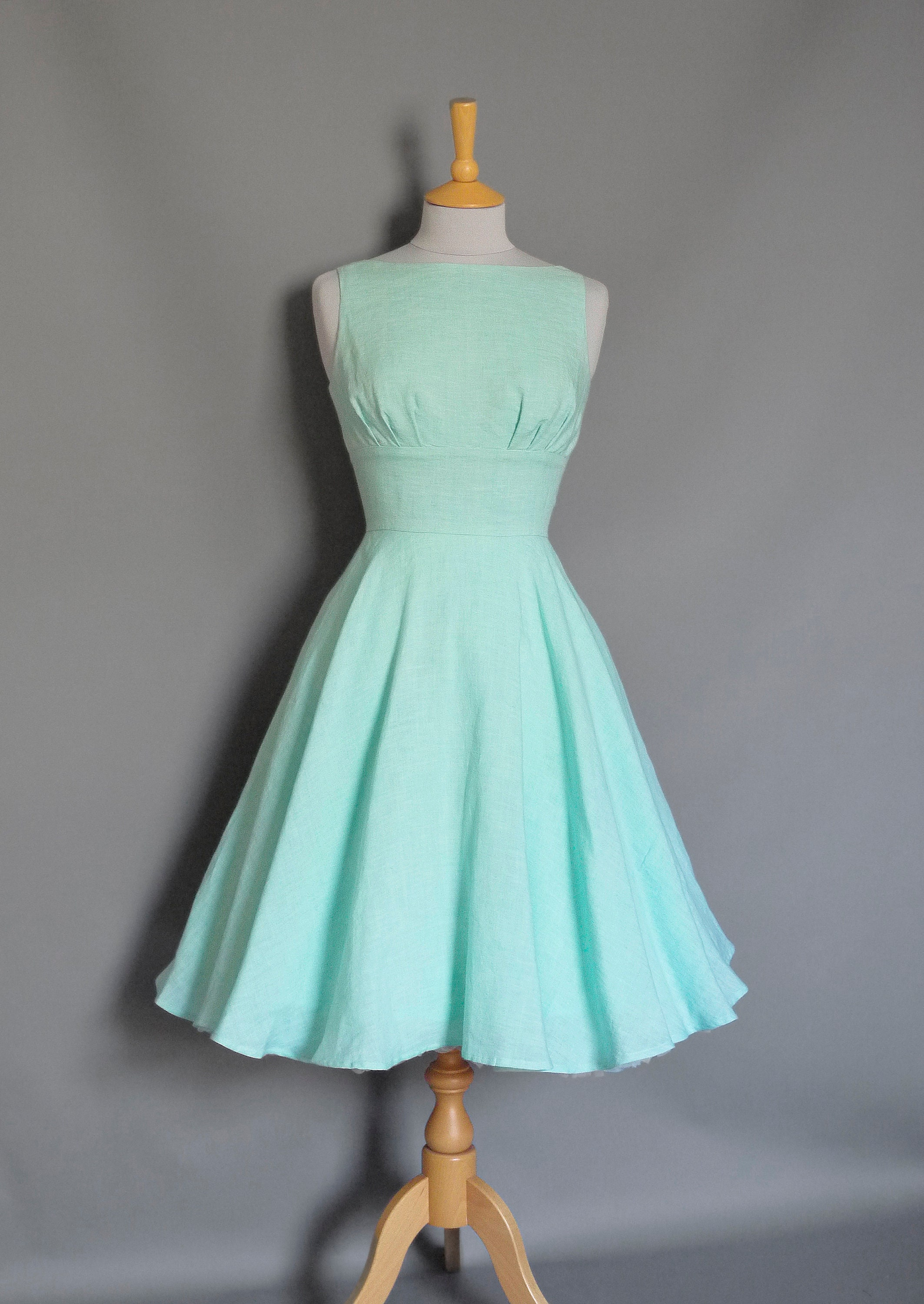 9cc5f84d7bbb4 Peppermint Green Linen Tiffany Swing Dress Full Circle Skirt- Made by Dig  For Victory