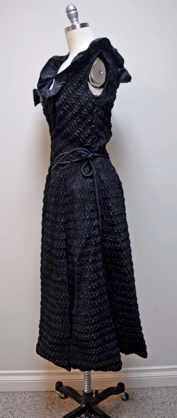 Vintage CEIL CHAPMAN Black Rouched Smocked Evenin… - image 4