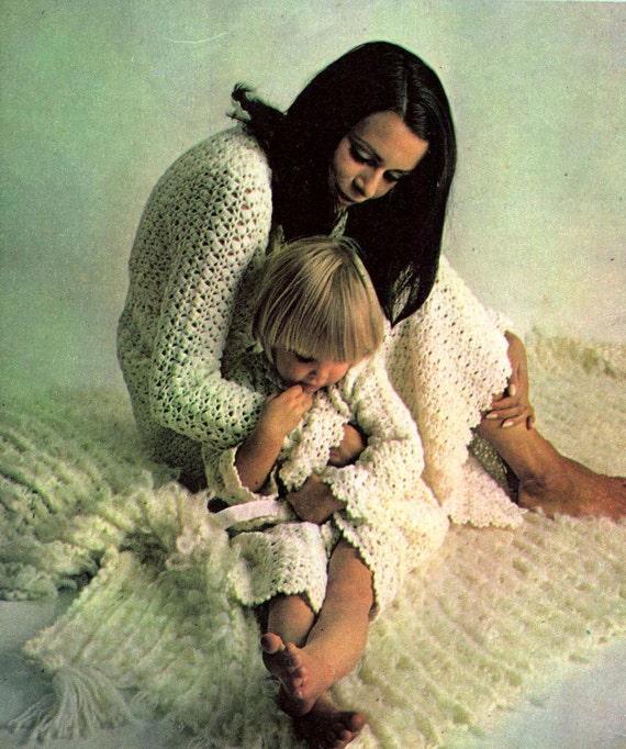 70er Jahre stricken häkeln Muster Umhänge Bett Jacken Roben | Etsy
