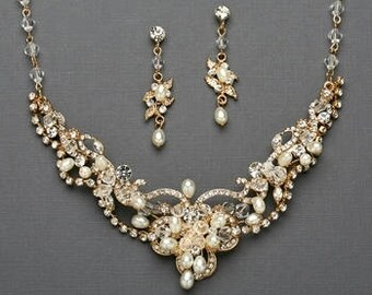 Rose gold Bridal Jewelry Set Crystal and Pearl