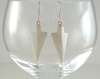Mother of Pearl Earrings White Mother of Pearl Earrings Mother of Pearl Drop Earrings White Shell Earrings Silver White Drop Earrings