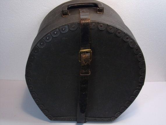 Vintage  1930's  Train Case/Hat Box