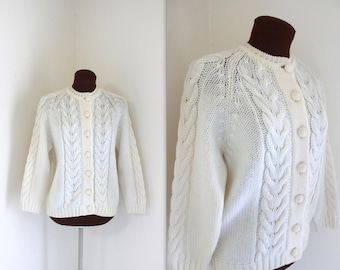 SALE 1960s Cardigan / Cable Knit Sweater / Cream Colored Cardigan (m)