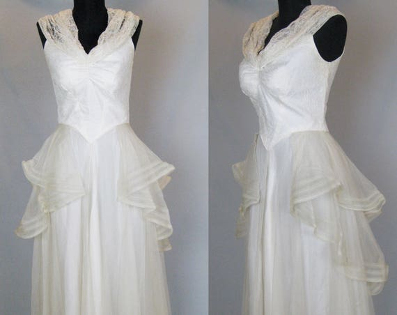1930s Wedding Dress, Vintage 30s Dress, 30s Satin and Net Lace Bridal Gown with Lace Sleeves, 26 Waist