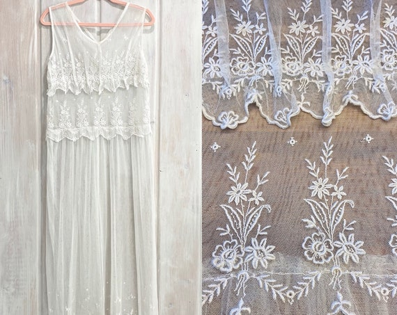 Vintage 1920s White Floral Embroidered Net Lace Dress, Medium