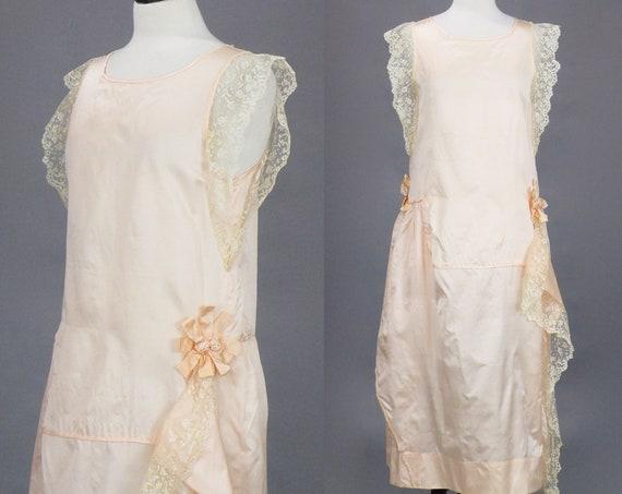 Vintage 1920s Lace Trim Pink Silk Dress with Peach Silk Ribbon Flowers, Medium
