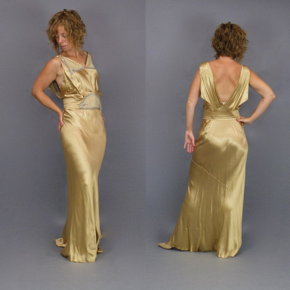 Vintage 1930s Liquid Gold Evening Dress, 30s Dress, Plunging Open Back Jeweled Bias Cut 1930s Gown, Old Hollywood Glam Red Carpet Dress