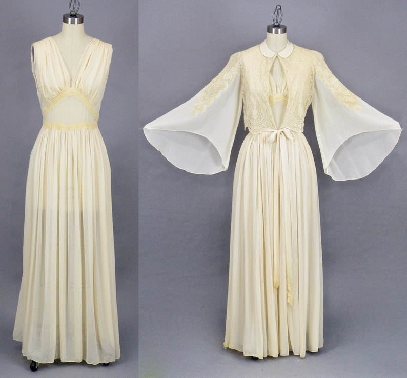 Vintage 1930s Ivory Silk Chiffon and Net Lace Peignoir image 0