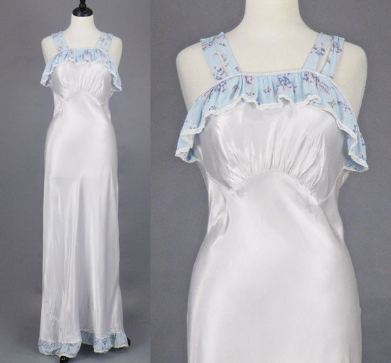 1940s Pearl Bias Cut Nightgown, Vintage 40s Lingerie, Horse-Drawn Carriage Novelty Trim Nightgown, 36 Bust