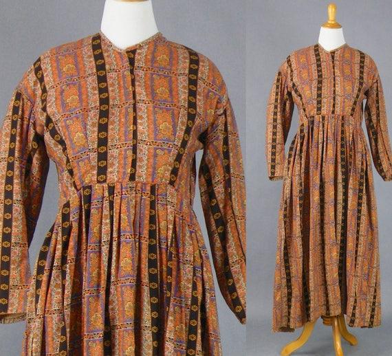 Antique Victorian Wool Paisley Dress, 1800s Dress, Paisley Challis Wrapper Dress, Primitive Fabric Antique Textile L - XL