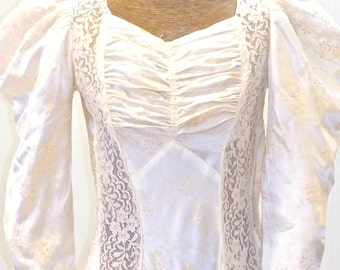 1940s Wedding Dress, 40s Wedding Gown, Vintage Lace Wedding Dress, Cathedral Train Bridal Gown, XS - S