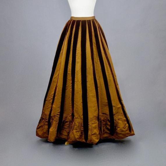 "Antique Brown Silk Velvet 1890s 1900s Victorian Walking Skirt, 24 - 25"" Waist"