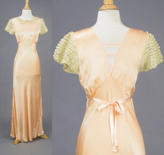Vintage 1930s Bias Cut Dress, 30s Dress, Lace Tiered Peter Pan Collar 30s Nightgown with Cap Sleeves, Small