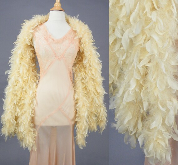 Vintage 1920s Cream Feather Boa Bridal Wrap, Lush Art Deco Feather Shawl Stole