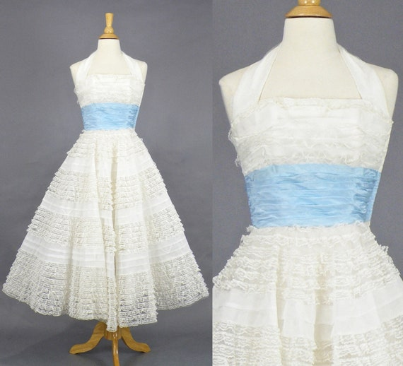 "1950s Prom Dress, Vintage 50s Dress, Ivory Lace and Tulle Wedding Dress, 50s Bombshell VLV Halter Dress, XXS 23"" Waist"