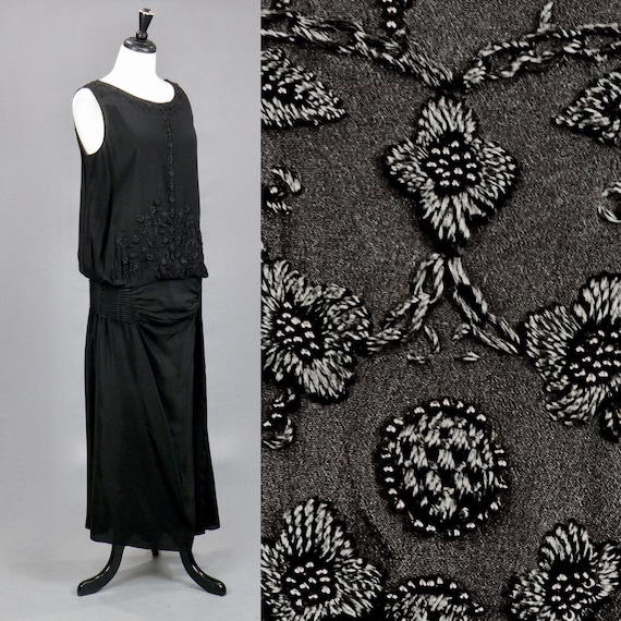 Vintage 1920s Black Embroidered Beaded Drop Waist Flapper Dress with Side Tiered Tuck Pleats