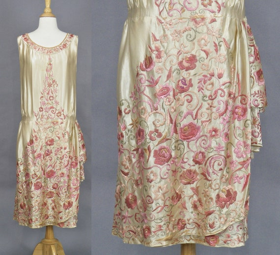 1920s Floral Embroidered Silk Evening Dress, Exceptional Vintage 20s Dress, Hand Embroidered Flapper Dress