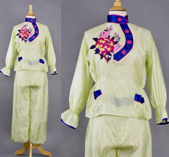 Vintage 1940s Pajamas, 40s Embroidered Japanese Souvenir Pajama Set Pants and Top, Small