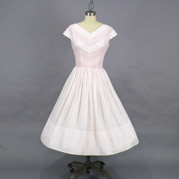 Vintage 1950s Jeanne D'Arc Pink Cotton Eyelet Summer Day Dress, Small