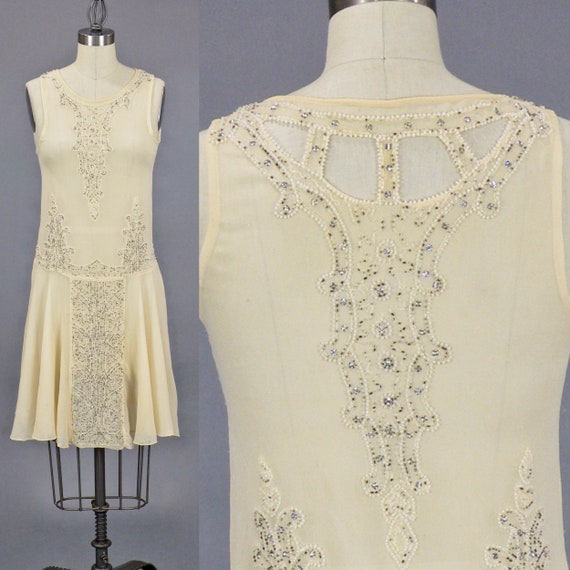 Rare Vintage 1920s Beaded Flapper Wedding Dress Trousseau with Beaded Headpiece, Gloves & Provenance, XXS - XS