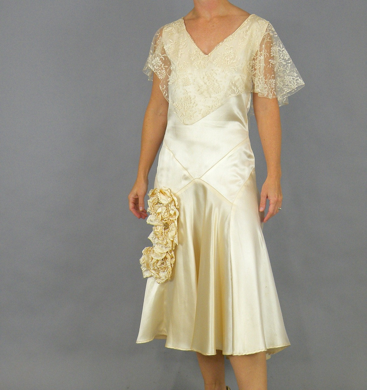 Antique 18s Wedding Dress, 18s Dress, 18s Candlelight Satin Lace Dress  with 18D Flowers, Original Bridal Portrait & Netting