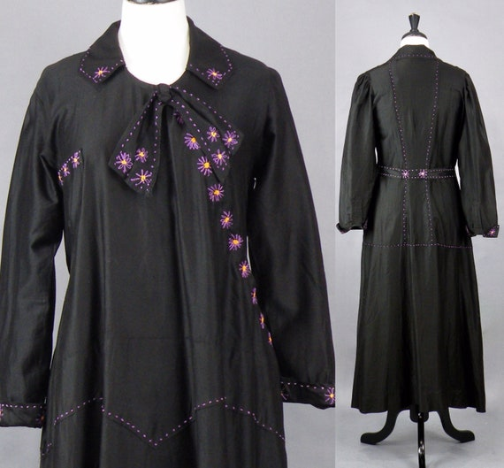 1920s Dress, Vintage 20s Dress, Hand Embroidered Black Polished Cotton Day Dress, Near Excellent