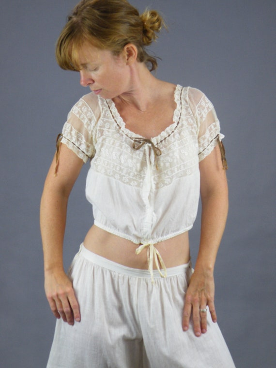 1900s Edwardian Cotton Lace Camisole and Drawers Set, Antique Undergarments Bloomers and Cami Top