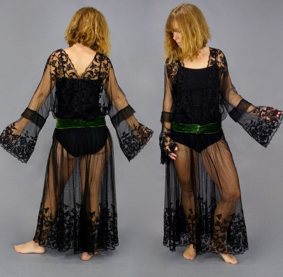 Antique 1910s 1920s Black Net Lace Evening Dress with Plunging Neckline and Green Velvet Waistband, Small
